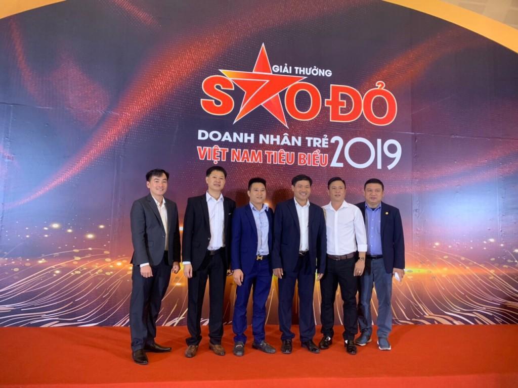 Ông Lê Bạch Long  vào TOP 100 doanh nhân trẻ Việt Nam tiêu biểu