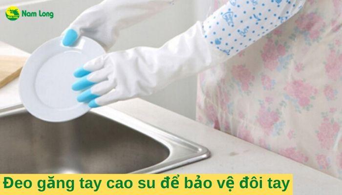 Mách bạn cách chăm sóc da để có một đôi tay luôn mềm mịn (2)