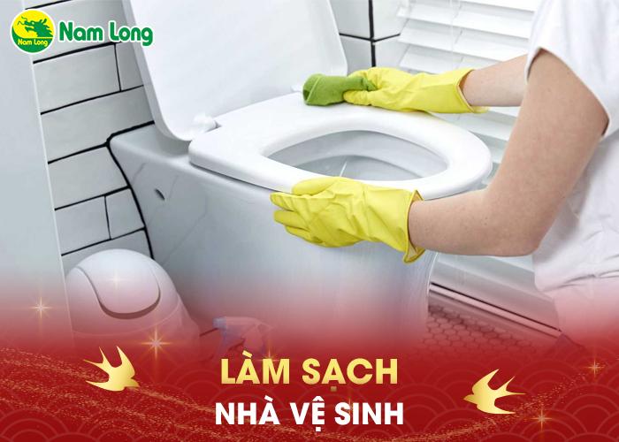 Làm sạch nhà vệ sinh - 05
